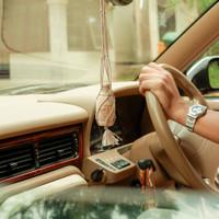 Parfum/Pengharum Mobil Aromatherapy Arum - Starter Pack Kayu Gantung