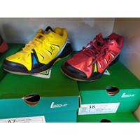 Sepatu Olahraga League Badminton - Altius