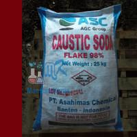 Caustic Soda / Soda Api / NaOH / Natrium Hydroxide 900 gram ASAHI