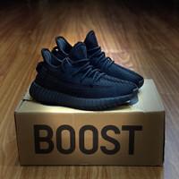 Sepatu Anak Adidas Yeezy Boost 350 V2 Triple Black KIDS