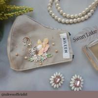 Swan Lake Mask (Hijabloop)