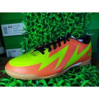 Sepatu Olahraga League Futsal - Carnage 105034448