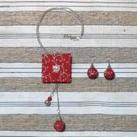 Kalung Wanita Batik dan Anting - Merah