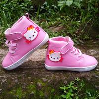 sepatu sneaker boots anak motif hello Kitty 22-25