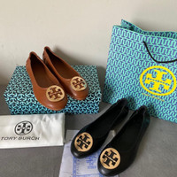TORY BURCH CLASSIC LEATHER FLAT SHOES