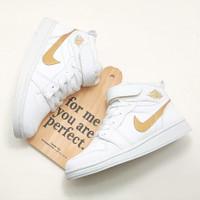 sepatu anak anak Nike Air Jordan terbaru unisex White/Gold