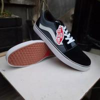 Sepatu VANS Oldskool Black Gray White (Bisa Cod) - Abu-abu, 38