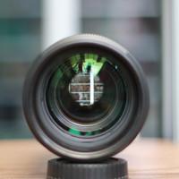 Lensa canon 70 200mm f2.8 is II USM LIKE NEW