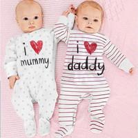 Setelan Baju Tidur Jumper Baby Twin Bayi Kembar LOVE MOMMY AND DADDY
