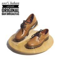 Sepatu Low Boots Docmart Wanita Casual Kulit Asli Outsole Karet CH7010
