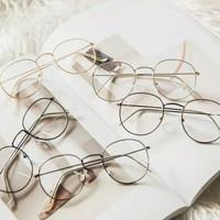 Kacamata Bulat Oval Kacamata Unisex Fashion Korea - Black