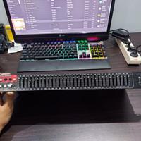 SM Pro Audio CQ31 Graphic Equalizer / Compressor