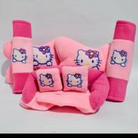 Bantalan Mobil / Car Pillow 3in1 Hello Kitty Datsun Go