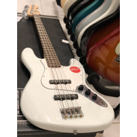 Squier Affinity Jazz Bass with Laurel Fingerboard in Olympic White