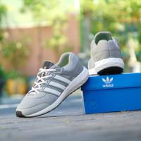 sepatu sport running adidas boost adiwear abu putih Grade Ori Pria