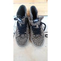 Sepatu VANS Sk8-Hi Slim (Leopard) (Herringbone) size 34.5