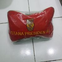 bantal mobil set logo istana presiden