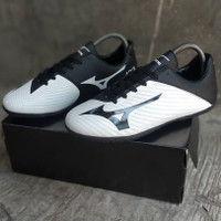 Sepatu Futsal Mizuno Basara 103 Putih Hitam