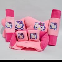 Bantalan Mobil / Car Pillow 3 In 1 Hello Kitty Datsun Go