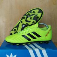 Sepatu Bola Adidas Predator Komponen Ori