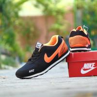 Sepatu Sport Casual Nike Air Pegasus Hitam Orange Joging Pria Wanita
