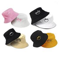 Topi bucket atau buckethat motif bordir smile
