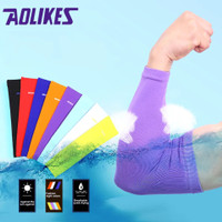 AOLIKES Arm Sleeve - Manset Tangan Sepeda - Arm Warmer - Elbow Support - 7146-Blue