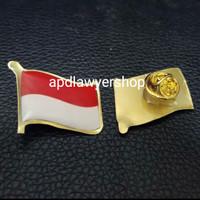 Pin Bendera Berkibar Pin Bendera Merah Putih Indonesia Berkibar 2.5cm
