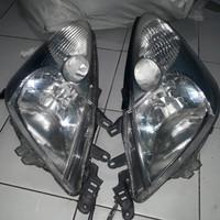 hedlamp nissan grand livina 2010 2011