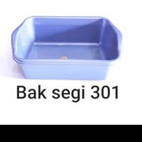 BASKOM PLASTIK / BASKOM TAHU KOTAK / BAK SEGI SILVER KOMET STAR 301