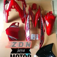 Cover body vario 110 halus karbu merah maroon plus striping