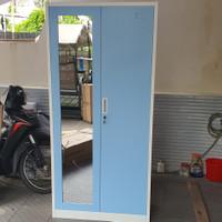 lemari pakaian besi 2 pintu wds - Biru