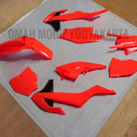 Cover set cover body slebor plat nomer KTM 250 2017 2020 fluo orange