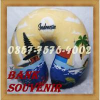 souvenir bantal leher custom printing foto