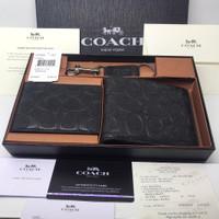 Coach Wallet Man Embossed black