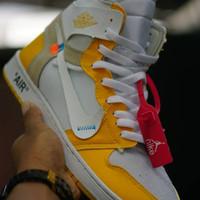 Nike air jordan 1 off white ( sepatu nike / sepatu tinggi )