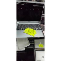 Laptop Samsung NP950 i7 8GB 512 GB SSD win 10