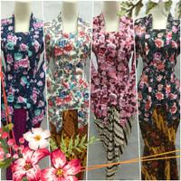 Atasan Kebaya Kutubaru Mbok Jamu Motif Bunga-bunga (Floral Printed)