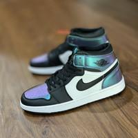 Nike air jordan 1 black hologram