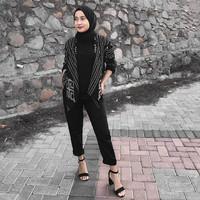Blazer Wanita Batik Hitam