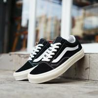 Sepatu Vans Old Skool OG Black White Ivory - 37