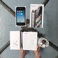 Apple iPhone 4s 8gb ex Trikomsel iBox Fullset Ada Minusnya kak