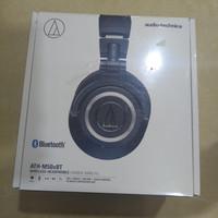 Audio Technica ATH-M50Xbt Headphones Wireless Bluetooth Over-Ear Ori