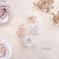 Ear cuff anting tusuk mawar putih pearl