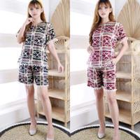 Setelan Wanita Celana Pendek Motif Batik