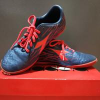 Sepatu futsal anak, Diadora Genoa FG