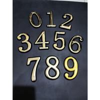 Emblem Angka Stiker Milan Emas Tempel Pintu Rumah Kamar
