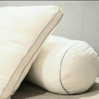 SILKY FIBER Pillow (Bantal Hotel)