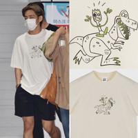 Kaos T-shirt BTS Kim Taehyung T-Rex Cartoon