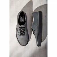 sepatu pria/wanita vans outhentic black grey sole